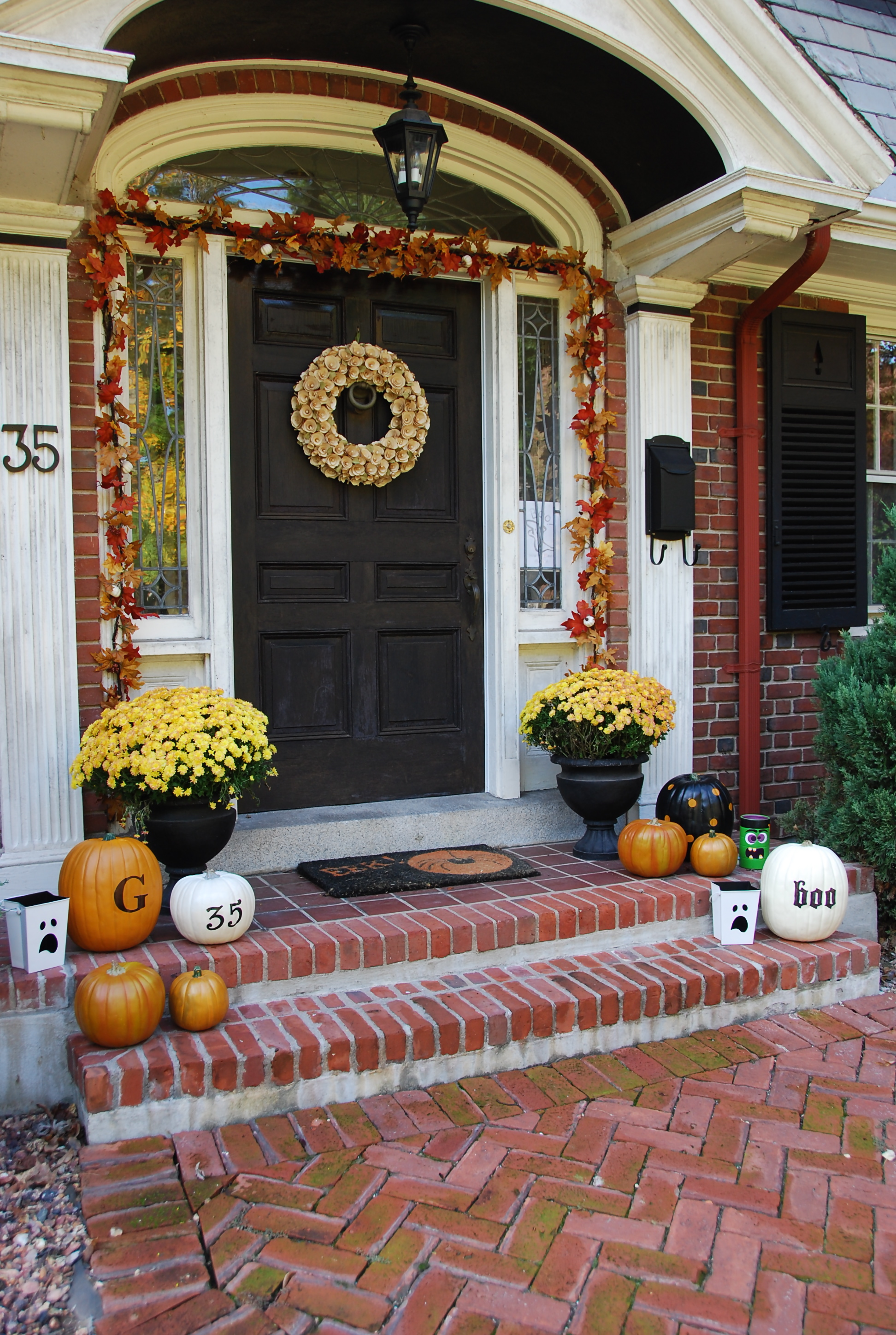 Personalized front door decorations - So