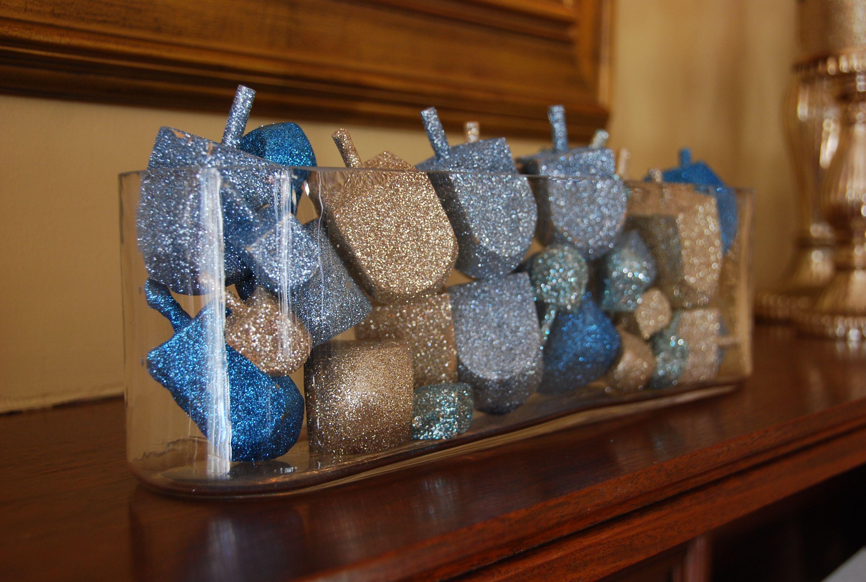 Our hanukkah mantel felt so cute for Decoration hanouka