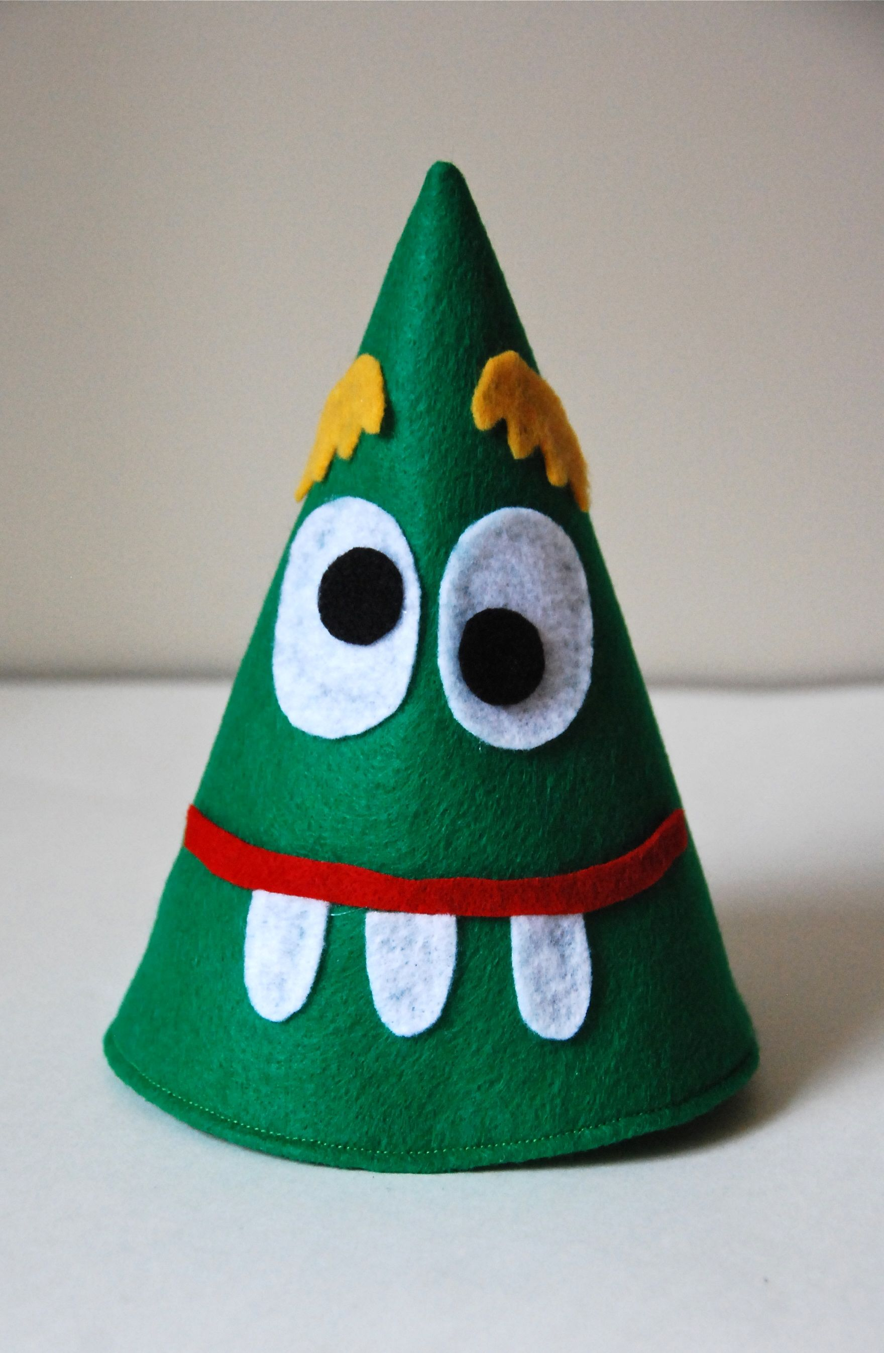 New Year S Eve Party Hats For Little People Felt So Cute
