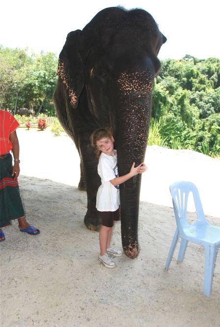 elephanthugs