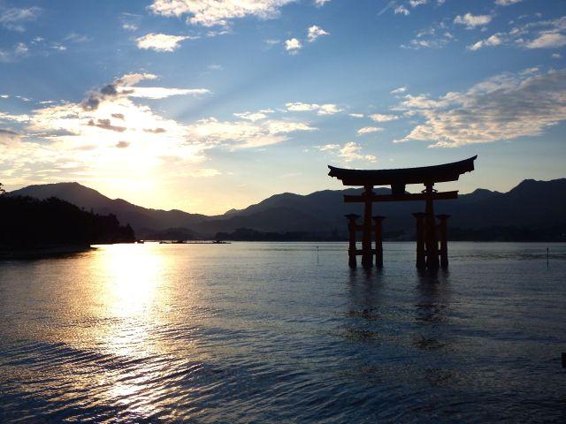 sunsetmiyajima