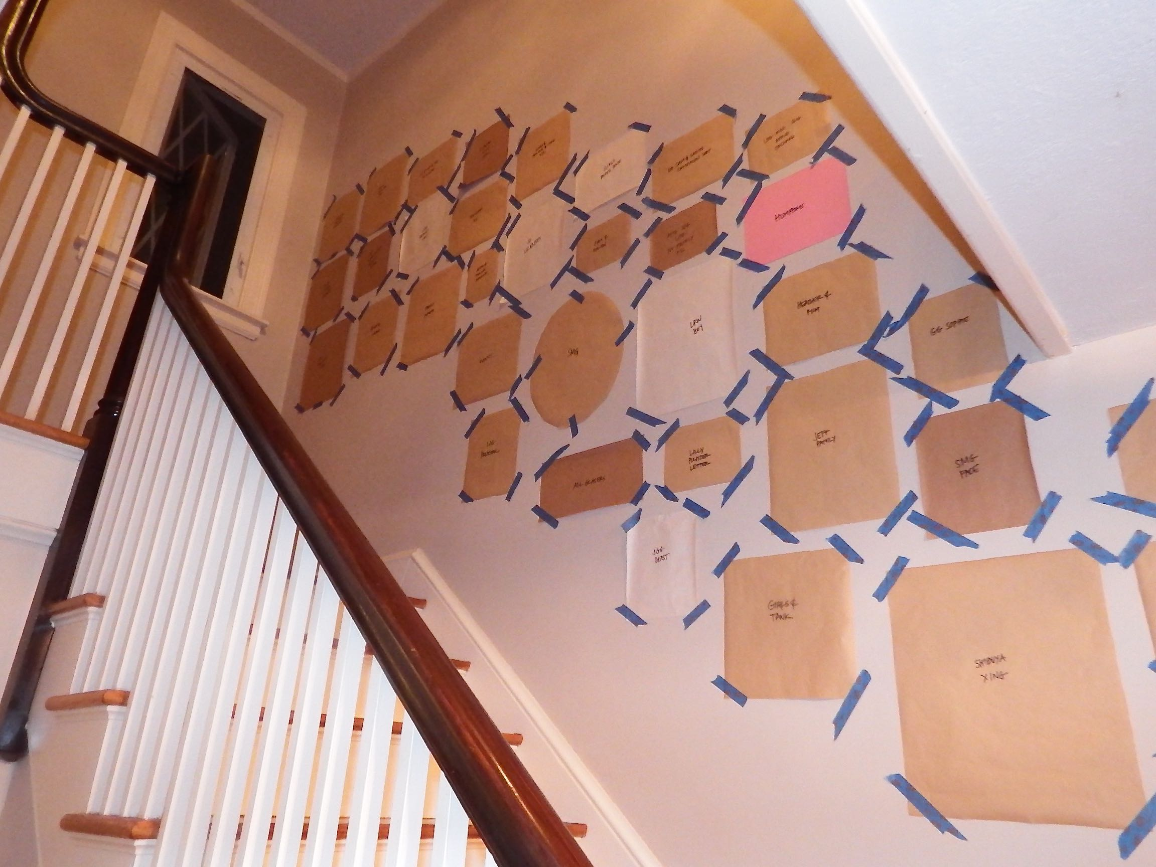 Staircase gallery wall felt so cute papertemplates maxwellsz